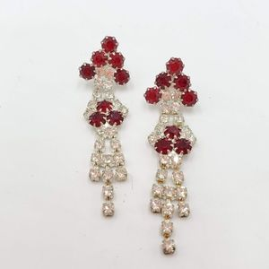 Jewelry - Vintage rhinestone red and white dressy earrings.